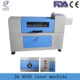 Jq 4030小型レーザーの切断および彫版機械