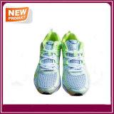 Ботинки нового спорта идущих ботинок способа атлетические