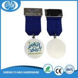Plata brillante medalla de metal deportivo con brillo