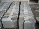 フロアーリングのための中国G603の花こう岩の石のタイル