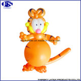 気球をねじる長い気球を模倣する乳液マジック