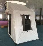 عمليّة فرقعت فوق سيارة سقف أعلى خيمة مع ظلة