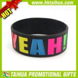 Concevoir les bracelets adultes de silicones avec la couleur remplie (TH-band078)