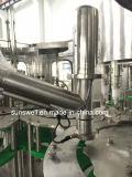 La Chine l'eau gazéifiée automatique d'alimentation en ligne de remplissage/usine de fabrication de boissons gazeuses