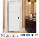 Color blanco de madera sólida de la puerta del sitio que pinta final excelente