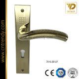 シンプルな設計のニッケルの版(7012-Z6017)の磨かれたドアロックのハンドル