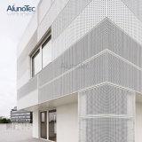Los paneles de pared de aluminio perforado el patrón de fachada decorativa