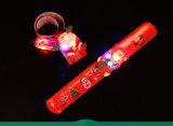 크리스마스 Decoratin 선물 아이를 위한 다채로운 LED 가벼운 플라스틱 박수 반지