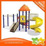 Apparatuur van het Spel van de Jonge geitjes van de Speelplaats van de school de Openlucht Fantastische