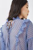 2017枚の点の軽くて柔らかい女性の長い袖の透過ブラウスは卸し売りする