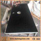 De Eettafel van het graniet met Zwarte Countertop van de Keuken van Vlekken