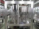 Riga di riempimento automatica completa dell'acqua minerale in bottiglie dell'animale domestico