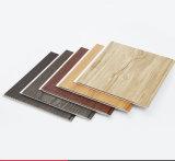 나무로 되는 색깔에 의하여 박판으로 만들어지는 PVC 천장 플라스틱 벽면