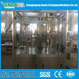 На заводе прямая подача воды или сока/машины розлива напитков