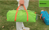 À l'extérieur 3-4 tentes de personne, tentes campantes imperméables à l'eau