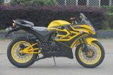 Ultimo motore regale raffreddato ad acqua del rapace 350cc che corre motociclo