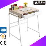 家庭内オフィスの家具の学生のための木の子供の机
