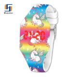 Goedkope Horloge van het Hoofd silicone van het Karakter van het Beeldverhaal van de Prijs Volledige het Kleur Afgedrukte van het Jonge geitje