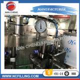 Glasflaschen-Bier-Wein-Füllmaschine mit Kronen-Schutzkappen