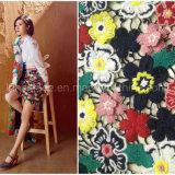 刺繍のレースおよびファブリック衣類のための中国の工場高品質
