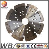 La hoja de sierra de diamante de corte de madera