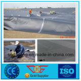 HDPE Geomembrane liso negro para los trazadores de líneas de la charca de pescados