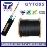 Figura blindada 8 auto - cabo aéreo de apoio GYTC8S da fibra óptica