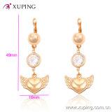 Eardrop Gold-Plated Heart-Shaped dell'orecchino dei monili della perla elegante di modo con la CZ -24758