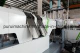 A máquina plástica da peletização dos flocos rígidos do PE com anel da água morre a estaca da face