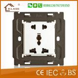 Socket estándar del mejor y de la alta calidad Euro/UK 13A frecuencia intermedia