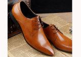 最新のデザインメンズ革履物の高貴な靴