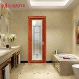 洗面所のための低価格の曇らされたガラスの開き窓のドア