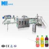 Enchimento de garrafas de água de suco de fábrica com nova tecnologia