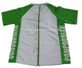 Des Kursteilnehmers Trocken-Befestigte Uniform am Sommer