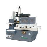 Máquina del corte EDM del alambre del CNC de la estructura de la muestra para la venta