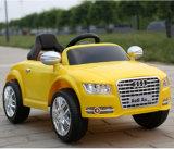 Audi voiture électrique de ride sur les enfants de voiture de contrôle à distance classique
