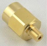 Maquinado CNC de alta precisión conector de la caja de conmutación de latón