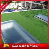 Césped artificial de la alfombra de la hierba de la hierba sintetizada del césped