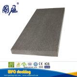 紙やすりで磨かれる表面との屋外の使用のためのスリップ防止WPCのDecking
