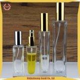 5ml, 10ml, 30ml, 50ml, bottiglia libera di vetro dello spruzzo del Bottiglia-Profumo dello spruzzo quadrato di figura 100ml con la pompa di alluminio elettrica dell'oro