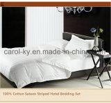 100%年の綿のホテルの1cm/2cm/3cm縞で飾られた羽毛布団カバー