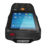 code barres 1d/2D balayant le PDA tenu dans la main raboteux mobile