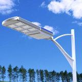 Réverbère solaire de brevet tout dans un réverbère de DEL
