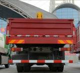 Shacmanの貨物自動車のトラックは6tまっすぐなアームクレーンによって取付けた