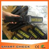 Metal detector tenuto in mano della mano del metal detector dello scanner eccellente