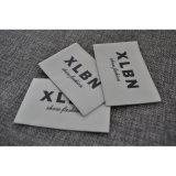 Fim dobrada etiqueta de tecido da marca de roupa personalizada