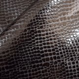 Couro artificial gravado do plutônio do preto escuro para o vestuário