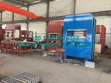 PLC는 프레임 격판덮개 세륨과 ISO9001를 가진 가황 압박 기계를 통제한다