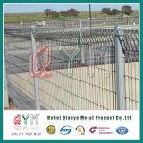 Brc多彩なロール上のPVCによって塗られる溶接された金網のBrcの塀