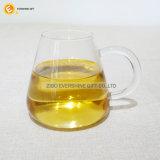 Coppa di vetro del tè come uso della strumentazione di laboratorio